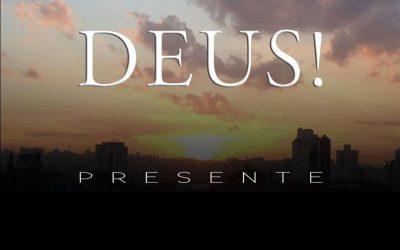 Deus presente